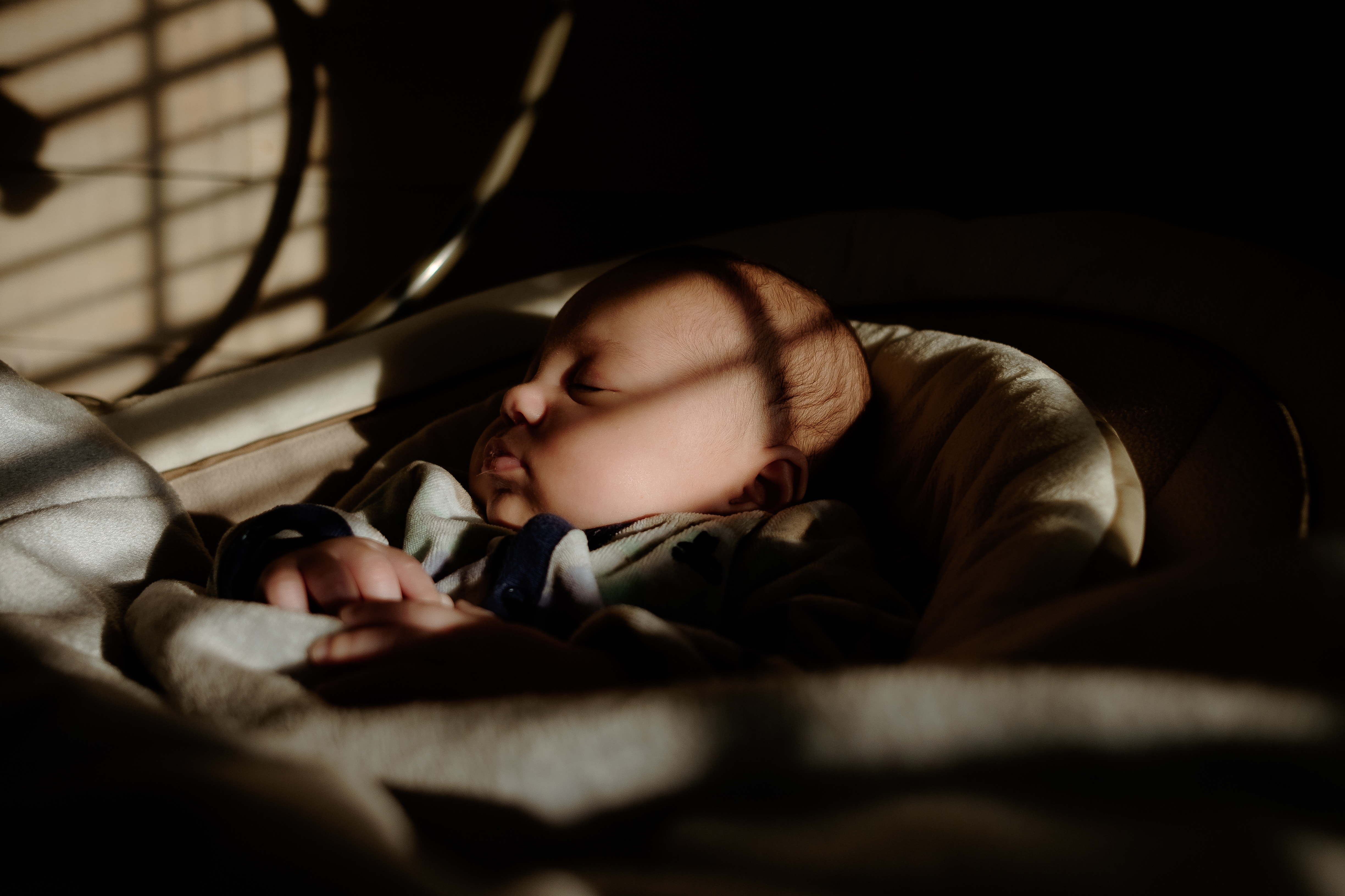 5 Tips To Make Sure That Your Kid Sleeps On Time